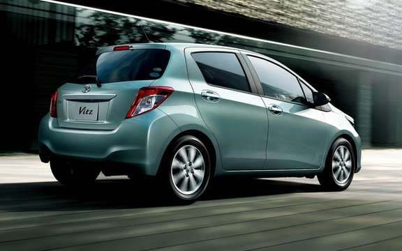 Toyota Vitz 2012: With us is called Yaris picture #3