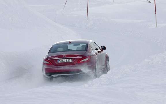 Mercedes-Benz Canada: Progamme 2011 sessions winter driving picture #3