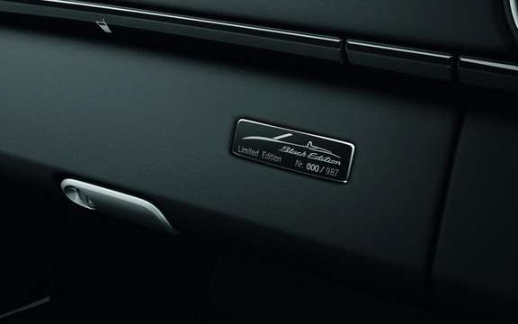 Porsche Boxster S Black Edition: Available in only 987 copies picture #4