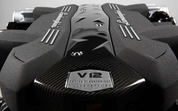Lamborghini presents the new V12 and robotised gearbox