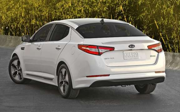 Kia Optima Hybrid: A lithium-polymer picture #2