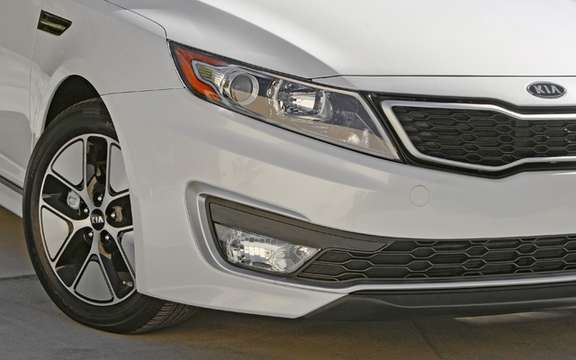 Kia Optima Hybrid: A lithium-polymer picture #3