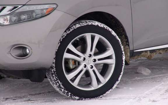 Winter tires mandatory: Winter starts well before December 15, CAA-Quebec reminds