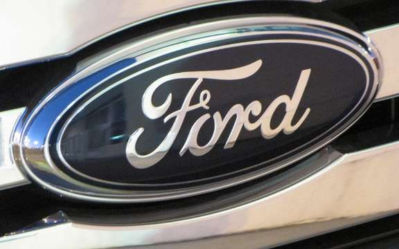 Ford keeps his distance from Mazda