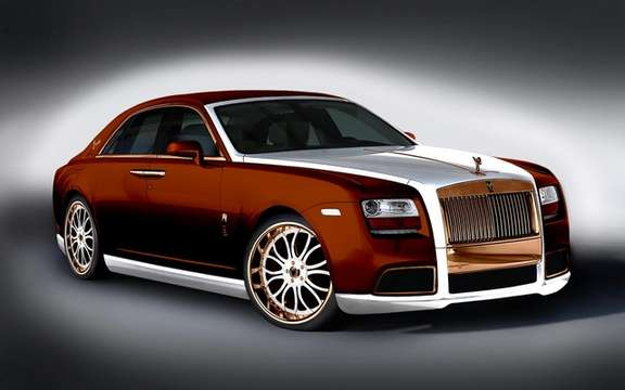 Roll's Royce Ghost Diva: Gold Fenice Milano picture #7