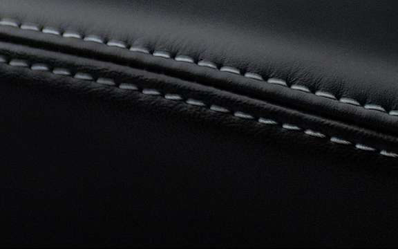 Chrysler 200: The striptease continues ... picture #7