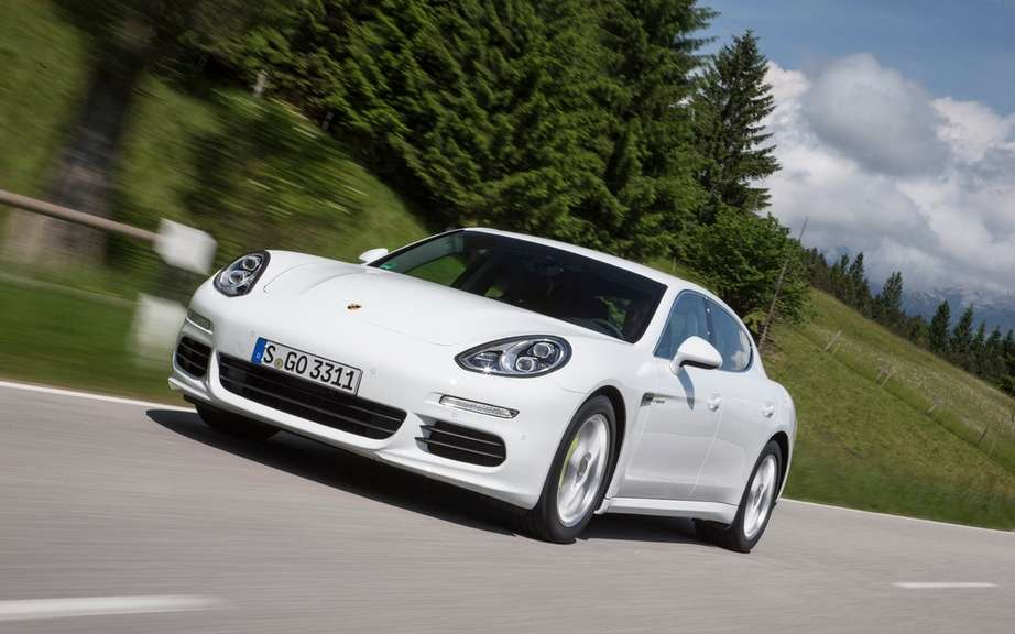 Porsche Panamera is a small envisaged picture #2