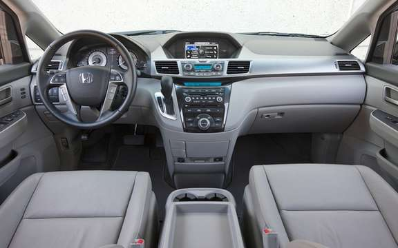 Honda Canada announces pricing for sale 2011 Odyssey picture #4
