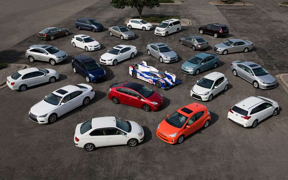 Toyota sold more than 6 million hybrids picture #8