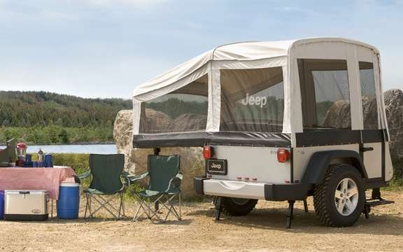 Jeep presents its small caravans tractees picture #3