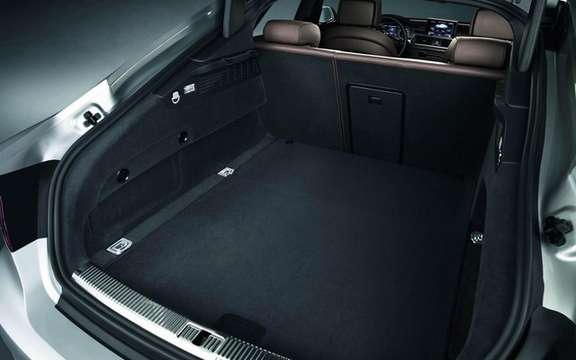Audi A7 Sportback 2011: In cut version five doors picture #7