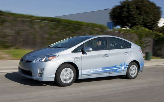 Toyota Prius Plug-in Hybrid: In a tour through Quebec picture #2