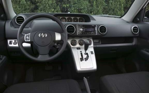 SCION: Prices for 2011 models are unveiled picture #7