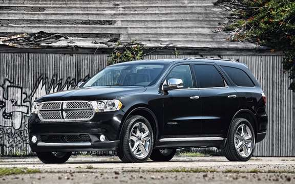Dodge Durango 2011: Little cousin Grand Cherokee picture #3