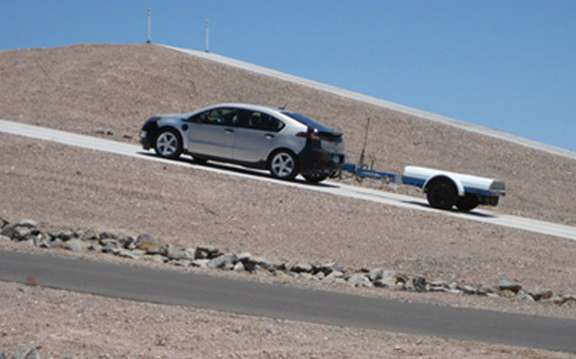 2011 Chevrolet Volt: Essays in the desert of Arizona picture #2