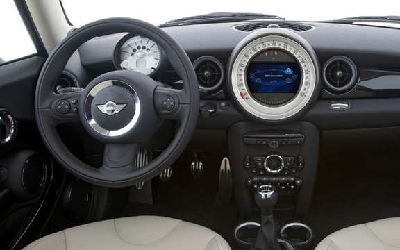 Mini 2011 with slight cosmetic alterations picture #5