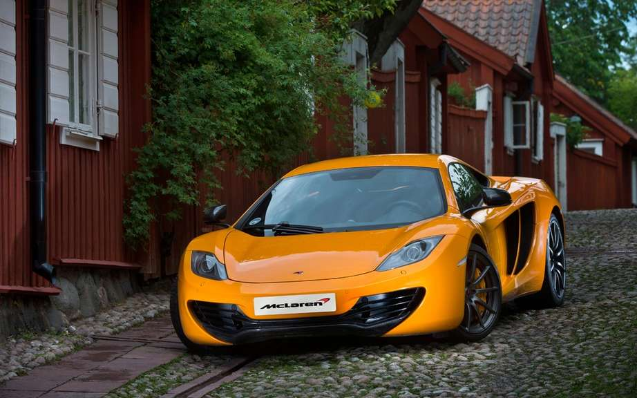 This is the end for the McLaren MP4-12C picture #5