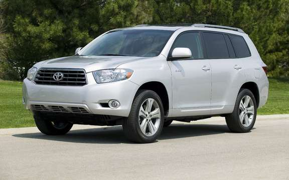 "Toyota Highlander and Venza 2010 won the award for ""Best choice in matters of security"" picture #2"