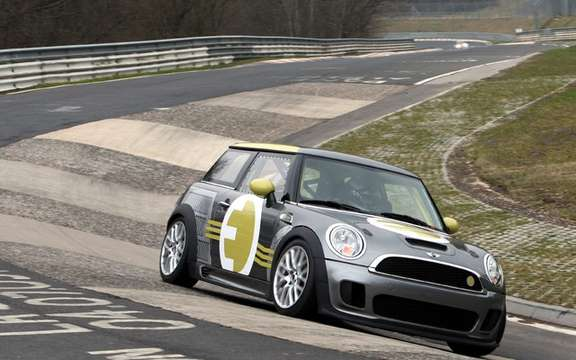 Mini E Race: 187 km / h without polluting picture #3