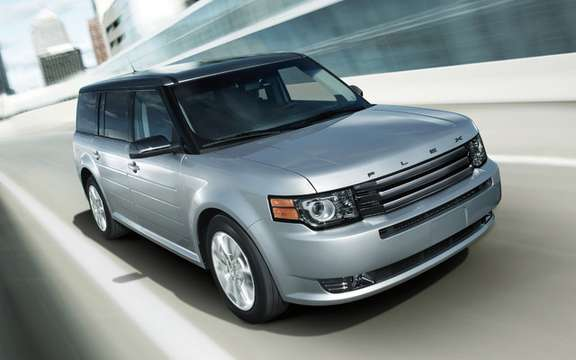 Ford Flex Titanium: New upscale version