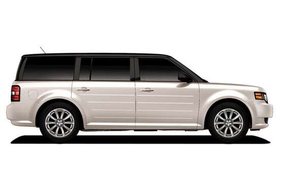 Ford Flex Titanium: New upscale version picture #2