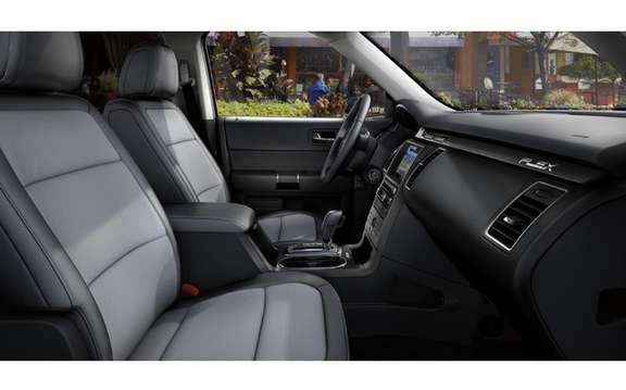 Ford Flex Titanium: New upscale version picture #4