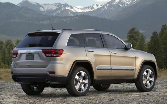 Jeep Grand Cherokee 2011: Available from $ 37,995 picture #2