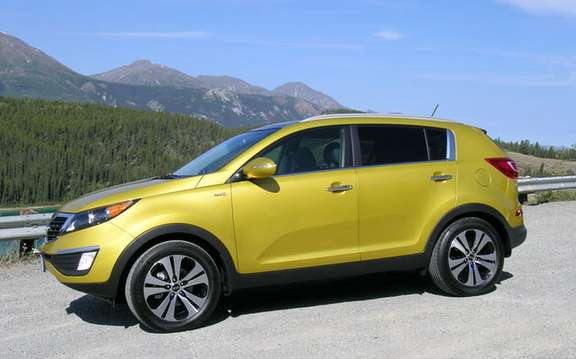 2011 Kia Sportage: From $ 21,995 in Canada picture #2