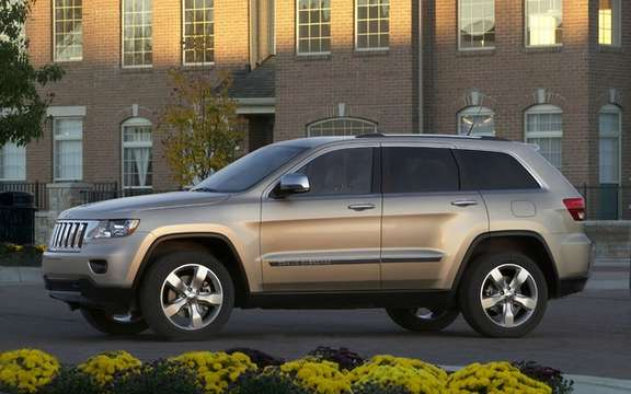 Jeep Grand Cherokee 2011: Available from $ 37,995 picture #4