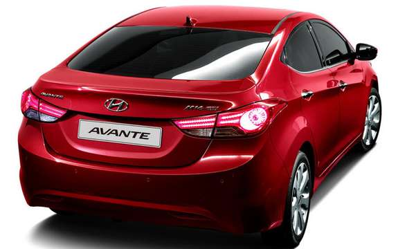Hyundai Avante 2011: It is also called Elantra picture #5