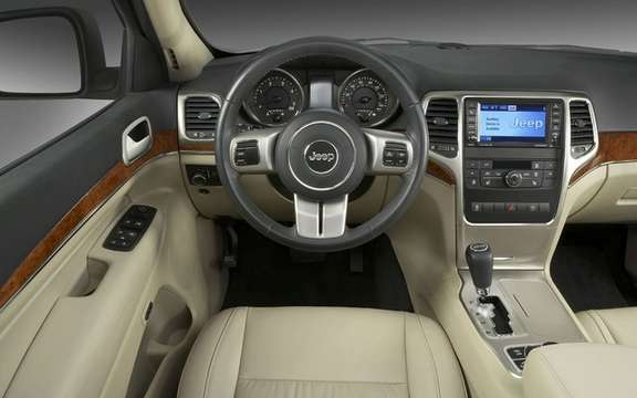Jeep Grand Cherokee 2011: Available from $ 37,995 picture #8