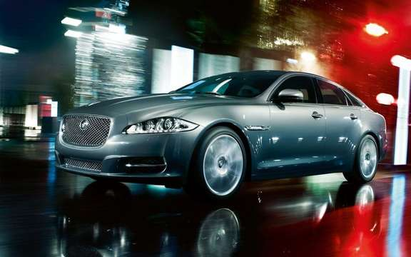 2011 Jaguar XJ: With platinum warranty