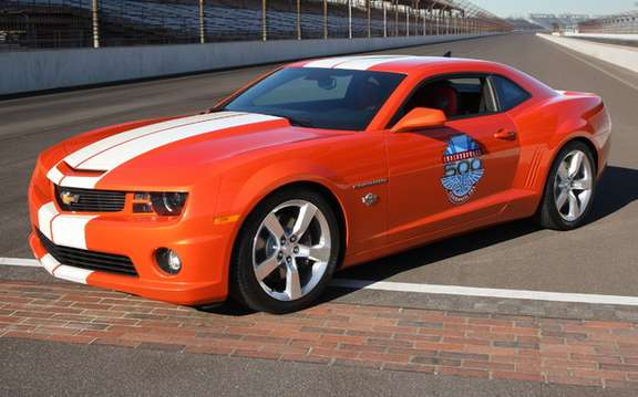 Chevrolet Camaro 2010: Replica of the Indy Pace Car Version