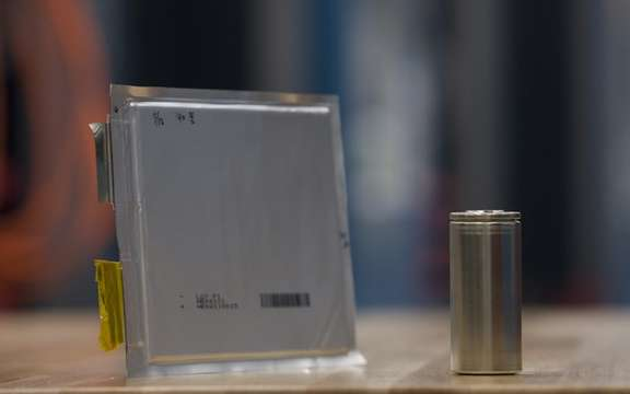 GM develope its own lithium-ion picture #5