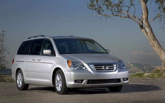 Honda Canada recalls 28,000 vehicles for years 2007 and 2008.