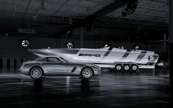 Cigarette Racing boat launches inspired Mercedes-Benz SLS AMG picture #3