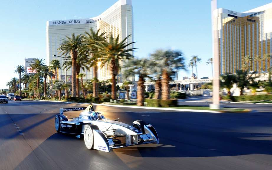 Formula E: first official taxi to the public in Las Vegas picture #7