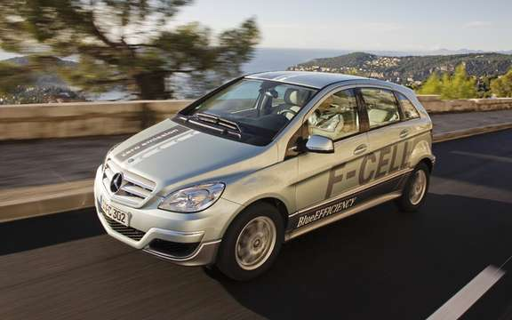 Mercedes-Benz B-Class F-Cell: reserved for 200 customers picture #2
