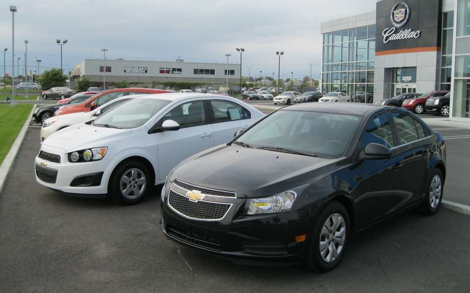 Chrysler Canada recorded a sales increase in December picture #2