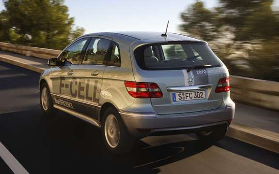 Mercedes-Benz B-Class F-Cell: reserved for 200 customers picture #3