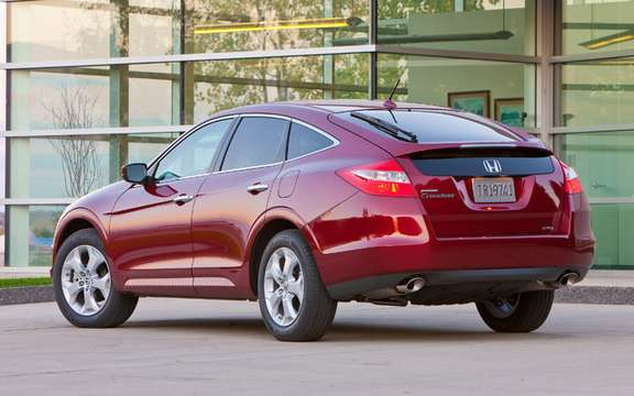 Honda Canada unveiled the price of its 2010 model Accord Crosstour picture #3