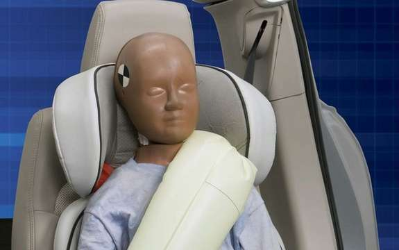 Ford presents its inflatable safety belts picture #3