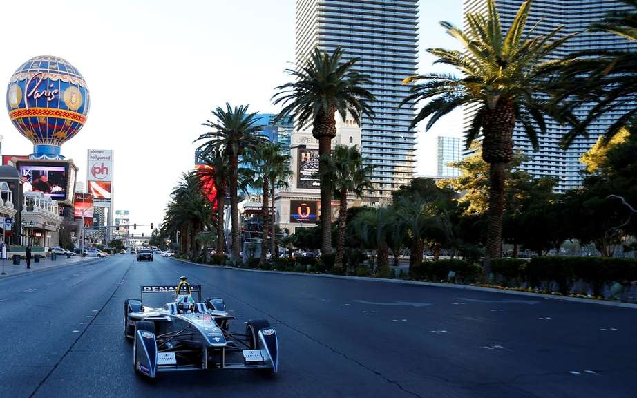 Formula E: first official taxi to the public in Las Vegas picture #8