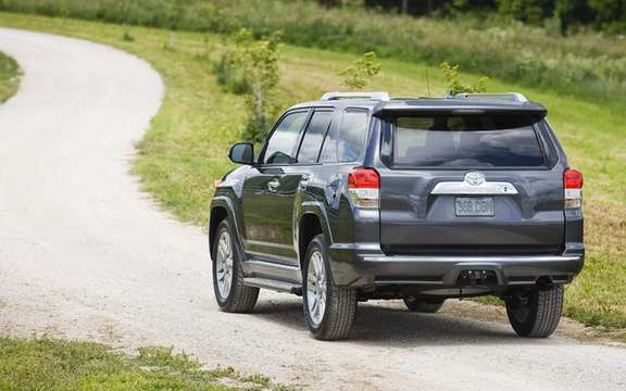 Toyota 4RUNNER 2010: always faithful to the aspirations of its clientele picture #2