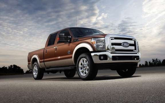 Ford Super Duty 2011: two new powertrains