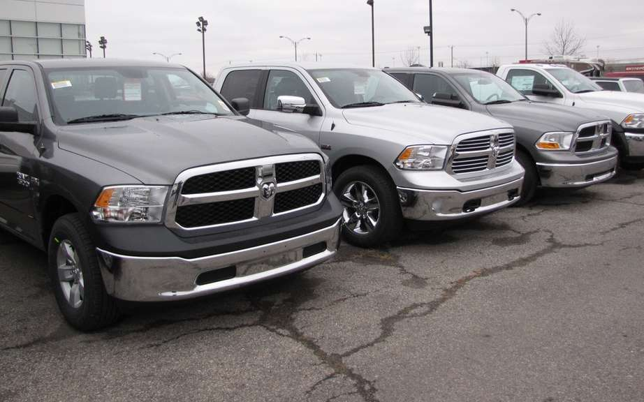 Chrysler Canada recorded a sales increase in December picture #6