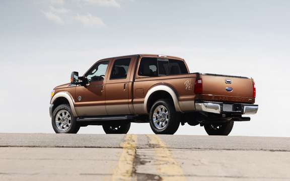 Ford Super Duty 2011: two new powertrains picture #2