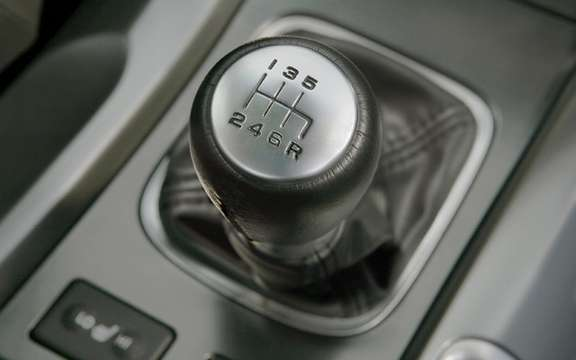 2010 Acura TL: Adding a new six-speed manual transmission has picture #4