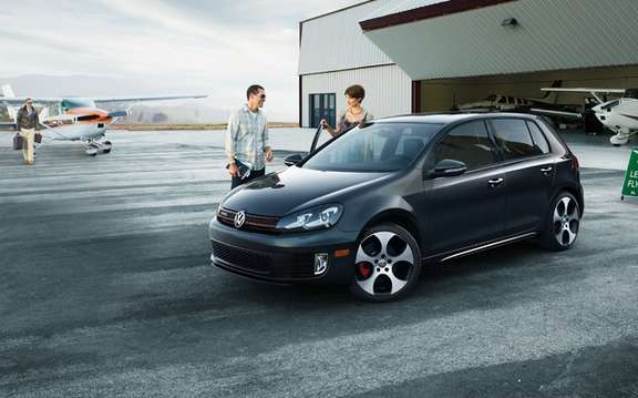 2010 Volkswagen Golf: Canadian prices are ads picture #5