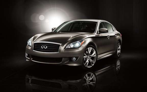 The 2011 Infiniti M made its official debut in Pebble Beach picture #2